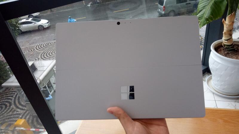 Surface Pro 2017-gia-tot