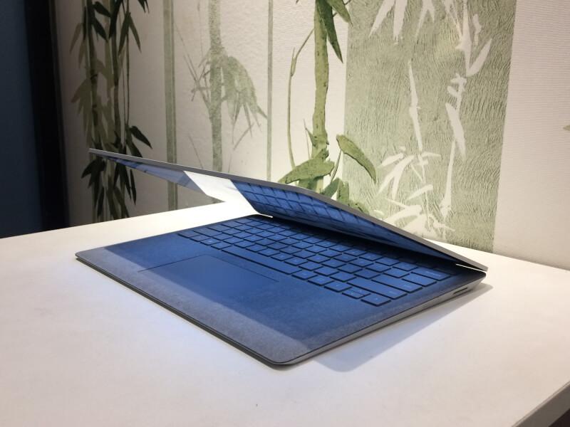 Surface-Laptop-cu-gia-bao-nhieu
