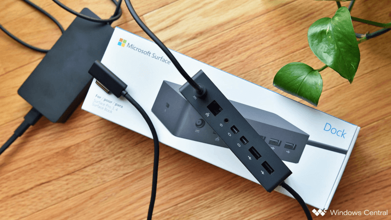 Cách thêm cổng Ethernet vào Surface Book 2