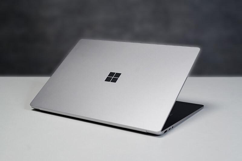 mua-surface-laptop-2-tai-hai-phong