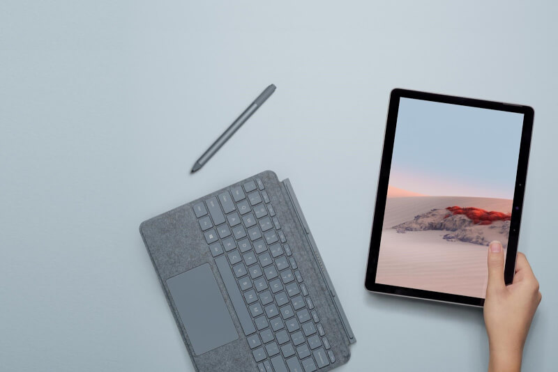 Surface Go 2 gọn nhẹ